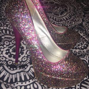 Shoes - Sparkly purple pumps